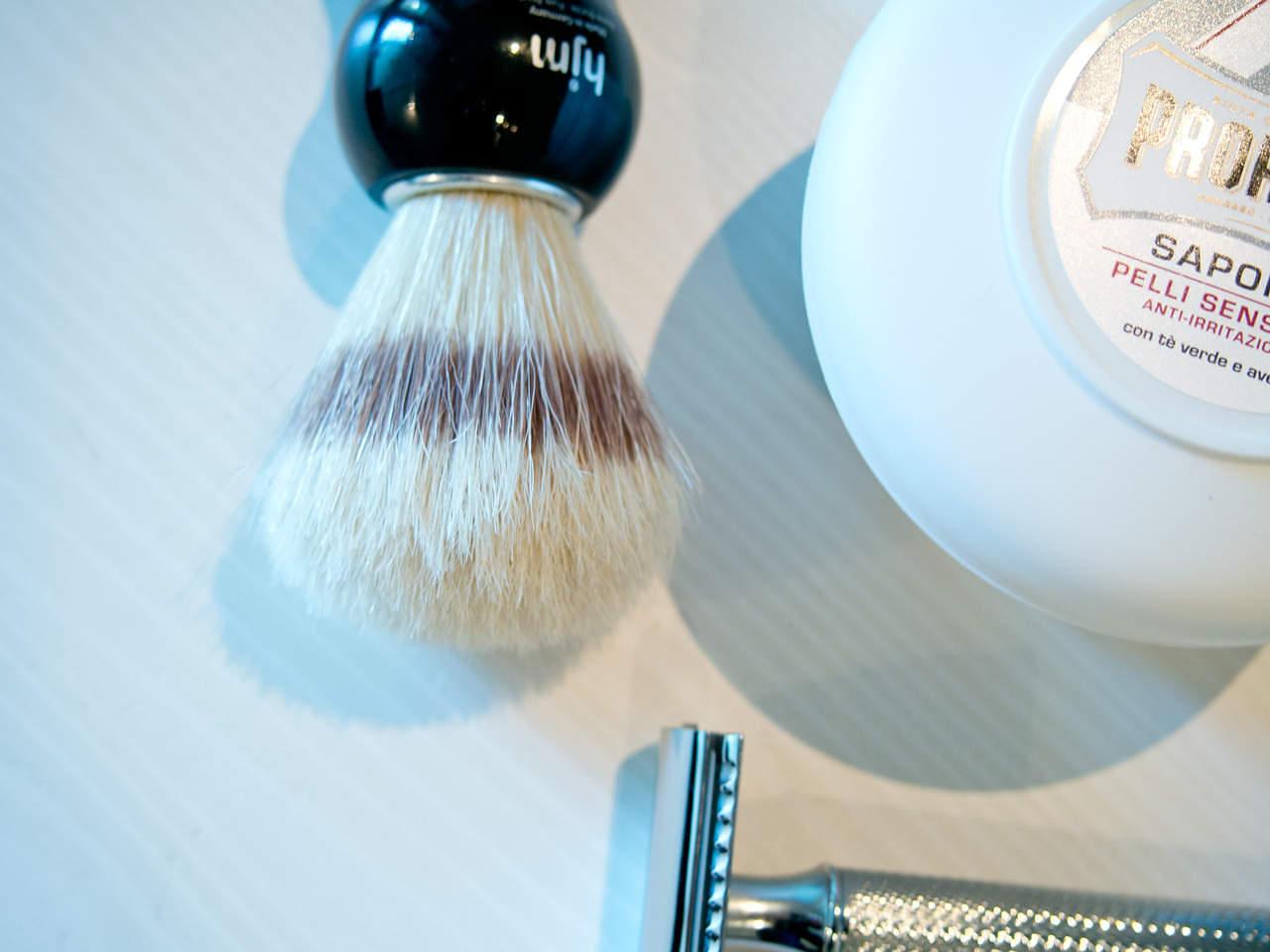 classic-shaving-kit-brush